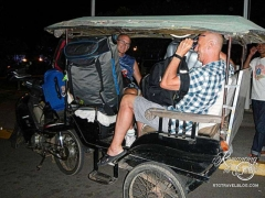 Tuk Tuk - too much luggage