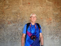 Angkor Wat Tom and bas relief