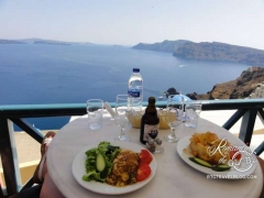 Brunch in Oia