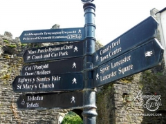Wales signs Conwy Castle