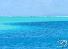 Huahine - shades of blue